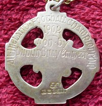 AllIrelandMedal1902Back.png